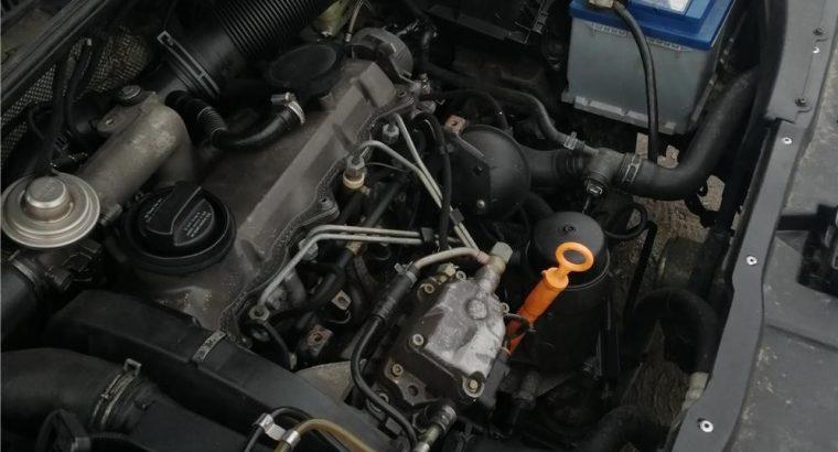 Vând VW Golf 4. 2000