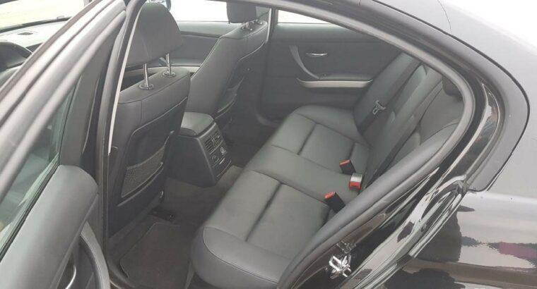 Vând BMW 320i Limousine Facelift – Trapa / Piele / Xenon, 2009