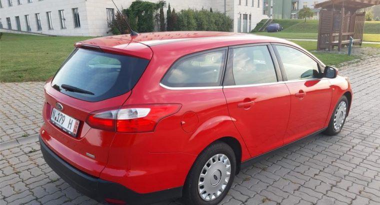 Vând Ford Focus 2014 Titanium 1.0 EcoBoost Euro 5, 2014