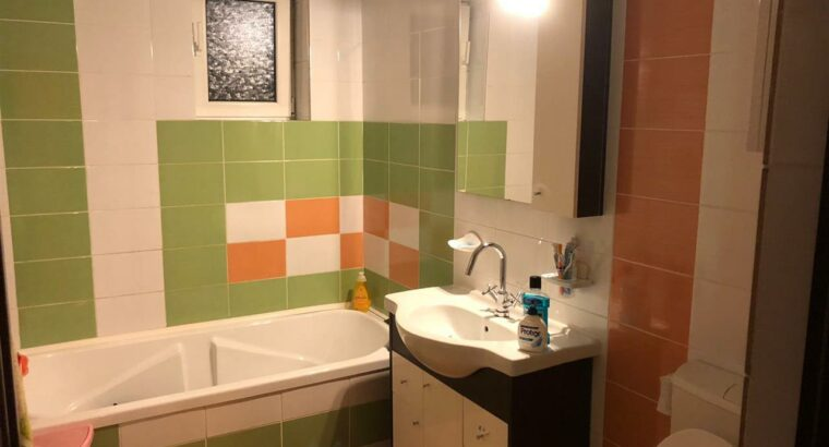 Vând Apartament de vanzare 2 camere zona Stejarului!
