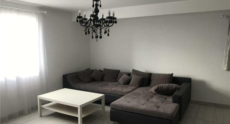 Închiriez apartament 2 camere, parcare inclusa, Borhanci!