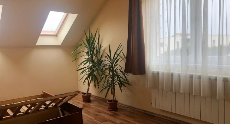 Vând casa individuala de vanzare inincinta ansamblului rezidential de case Terra!