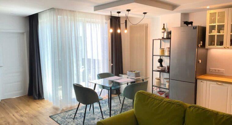 Vând Apartament exclusivist linga parcul central Cluj