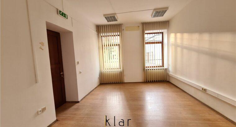 Închiriez vila zona Ultracentrala ideala pt birouri/locuit langa Casa Matei Corvin